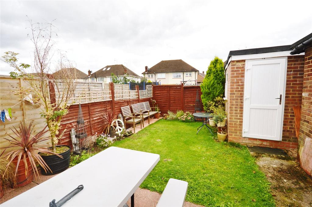 1 Bedroom Apartment Flat for sale in North Approach, Watford, Hertfordshire, WD25