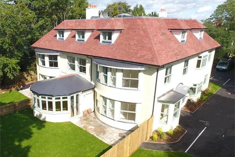 2 bedroom flat for sale - Roslin Road, Talbot Woods, Bournemouth