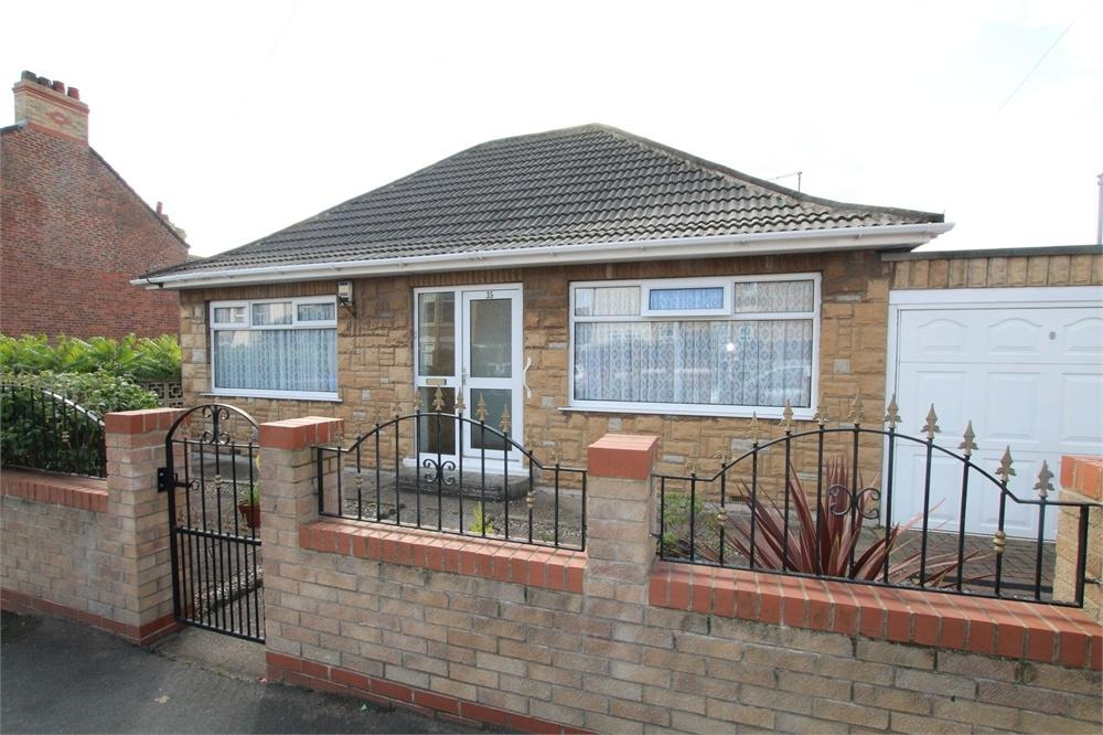 2 Bedrooms Detached Bungalow for sale in Bannister Street, WITHERNSEA, East Riding of Yorkshire