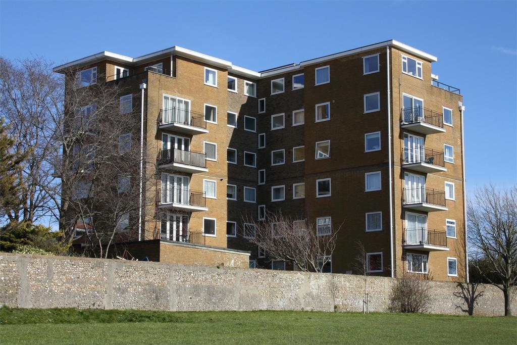 1 Bedroom Flat for sale in Park Lodge, Dyke Road, HOVE, East Sussex