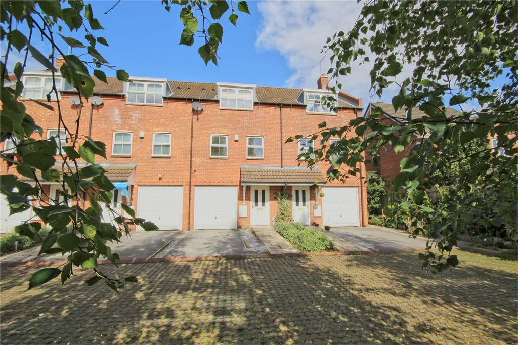 3 Bedrooms Terraced House for sale in St Pauls Way, Tickton, Beverley, East Riding of Yorkshire
