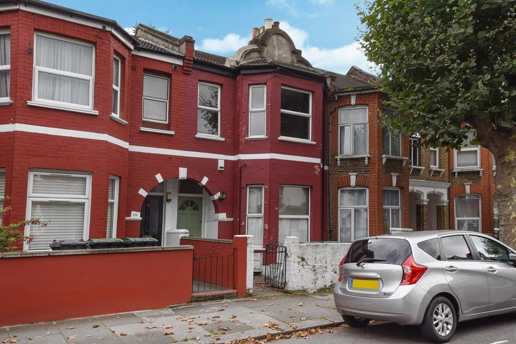 2 Bedrooms Flat for sale in Carlingford Road, Harringay