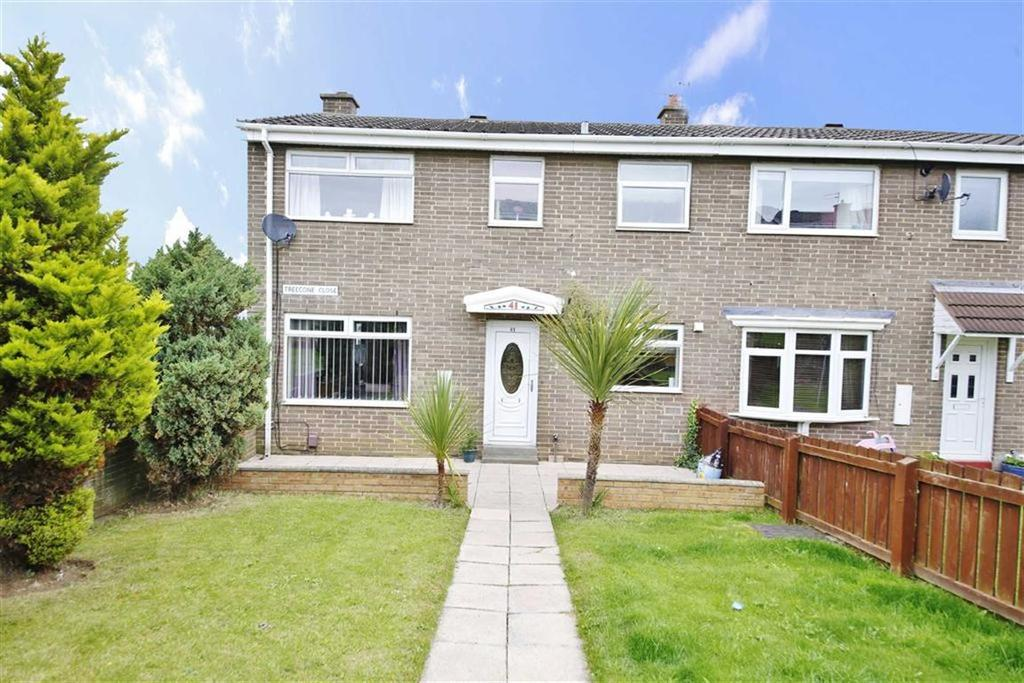 3 Bedrooms Semi Detached House for sale in Treecone Close, Hall farm, Sunderland, SR3