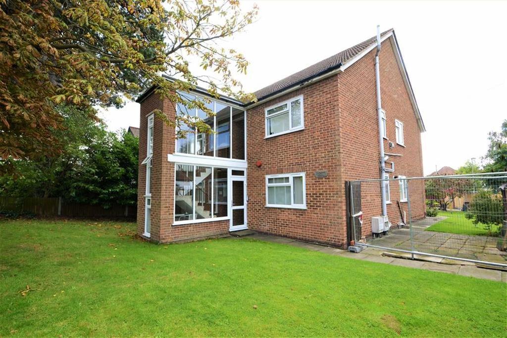 1 Bedroom Flat for sale in White Horse Hill, Chislehurst, Kent
