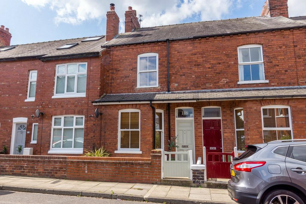 2 Bedrooms Terraced House for sale in Albemarle Road, South Bank, York