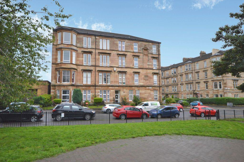 4 Bedrooms Flat for sale in 2/3, 182 Whitehill Street, Dennistoun, Glasgow, G31 2NS