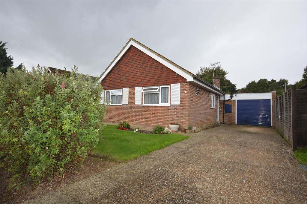 3 Bedrooms Detached Bungalow for sale in Ridgeway Hurst Green