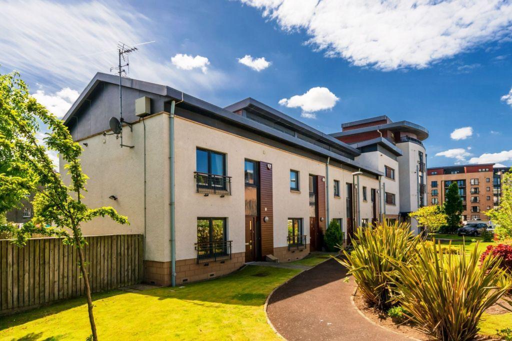 4 Bedrooms End Of Terrace House for sale in 5 East Pilton Farm Wynd, Edinburgh, EH5 2GJ