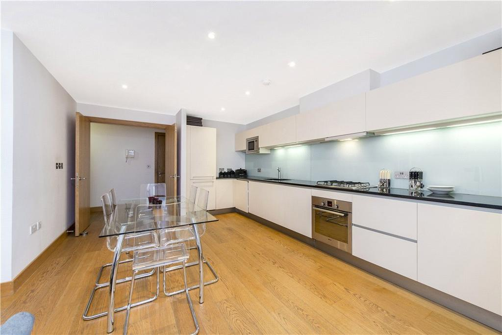 2 Bedrooms Flat for sale in Pond Street, Hampstead, London, NW3