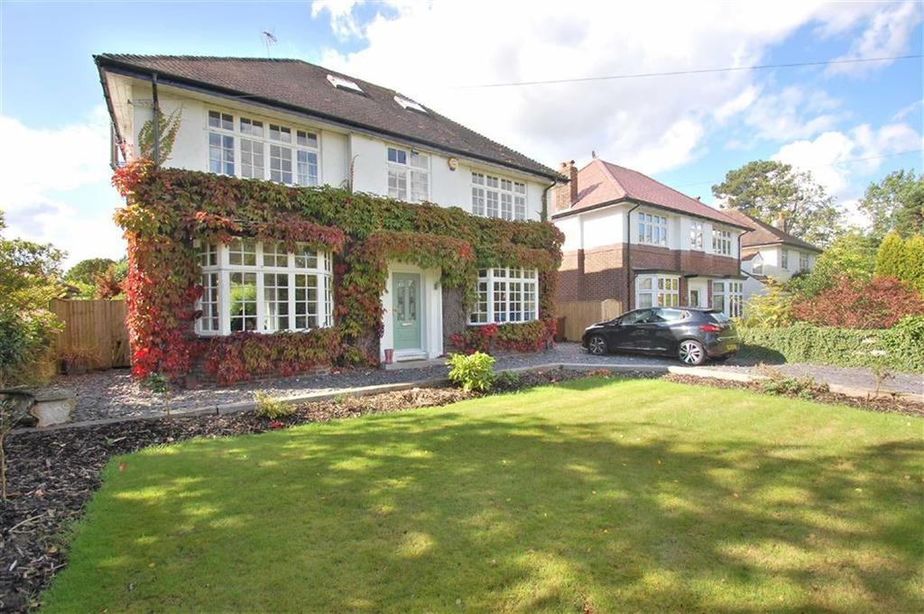 5 Bedrooms Detached House for sale in Manor Close, Cheadle Hulme, Cheshire