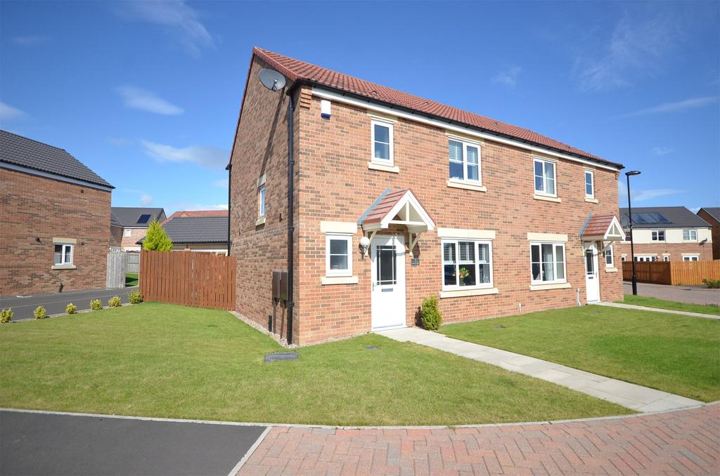 3 Bedrooms Semi Detached House for sale in Five Mile Park