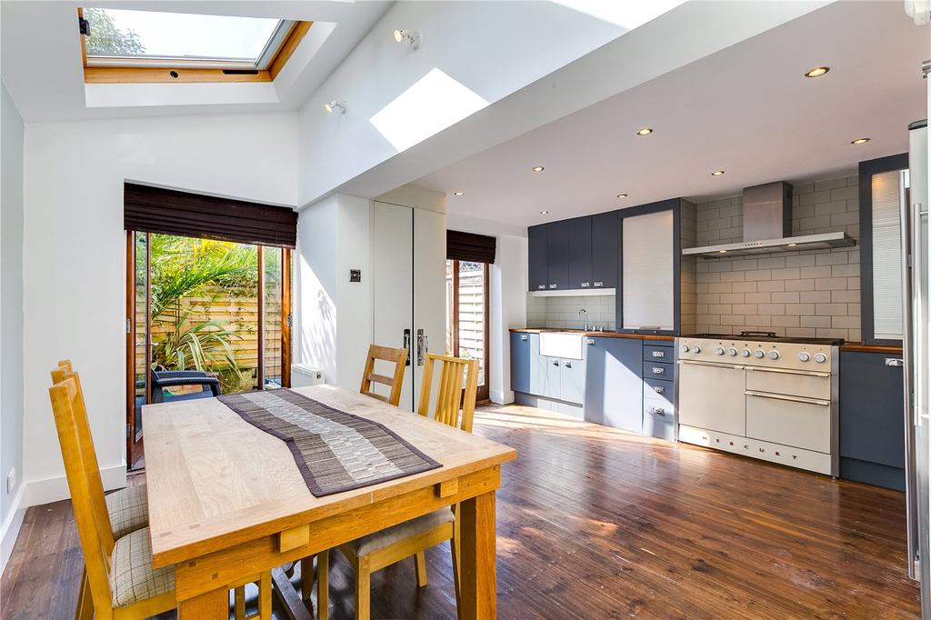3 Bedrooms Terraced House for sale in Claxton Grove, Hammersmith, London
