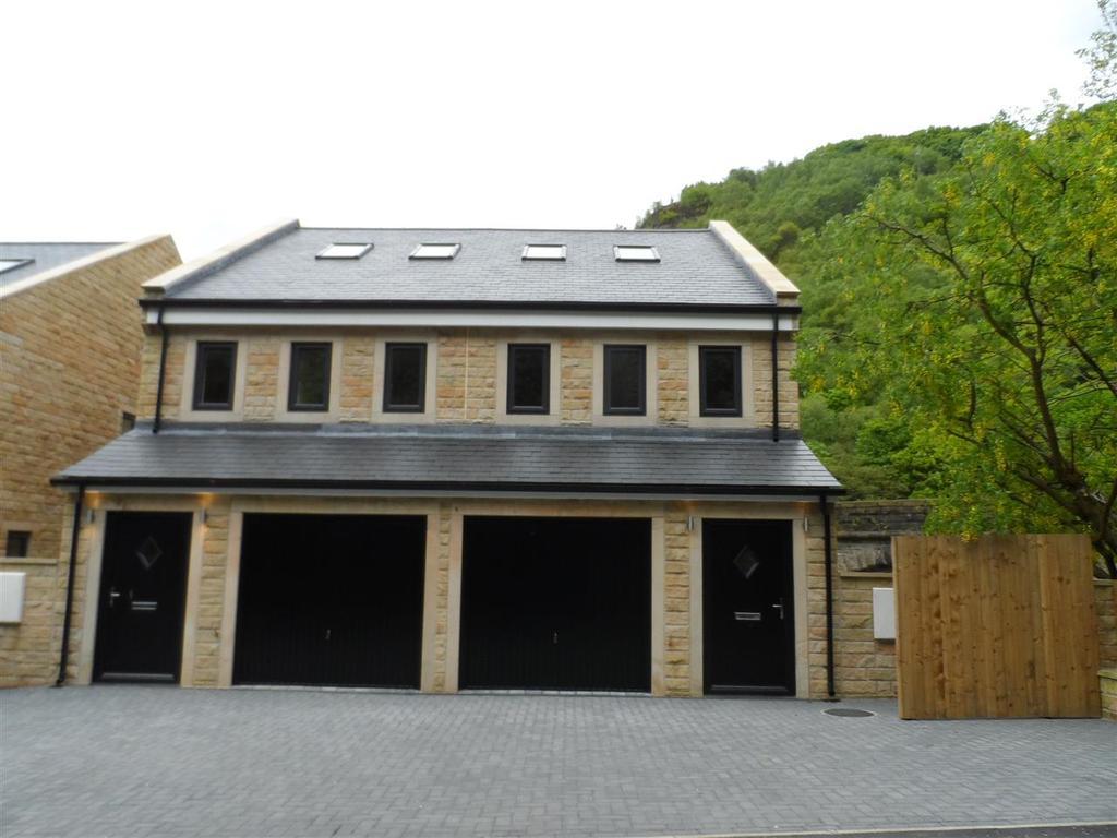 5 Bedrooms Semi Detached House for sale in Acorn Close, Oakville Road, Hebden Bridge