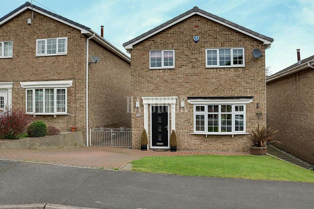 4 Bedrooms Detached House for sale in Fern Way, Eckington
