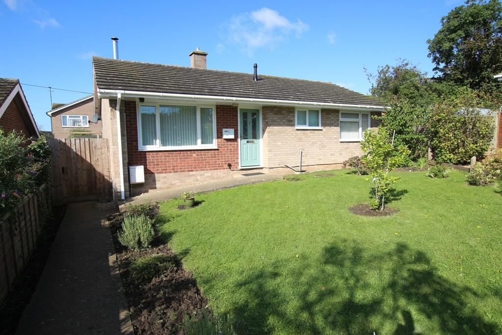 2 Bedrooms Detached Bungalow for sale in Link Lane, Sutton