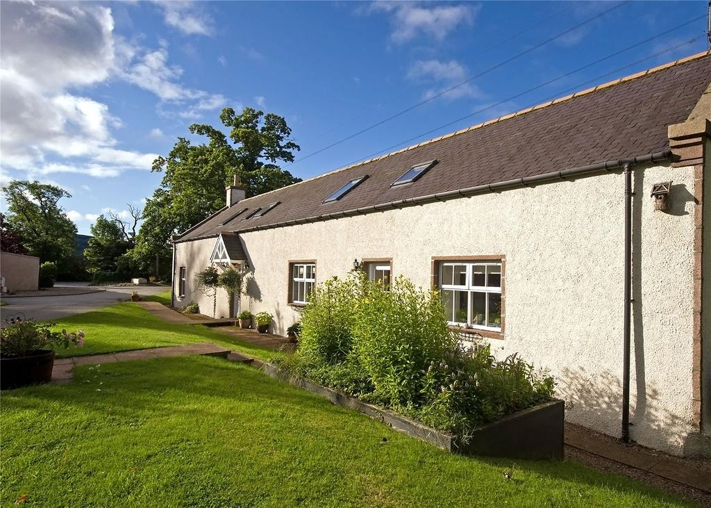3 Bedrooms Semi Detached House for sale in West Park Steading, Drumoak, Banchory, Kincardineshire