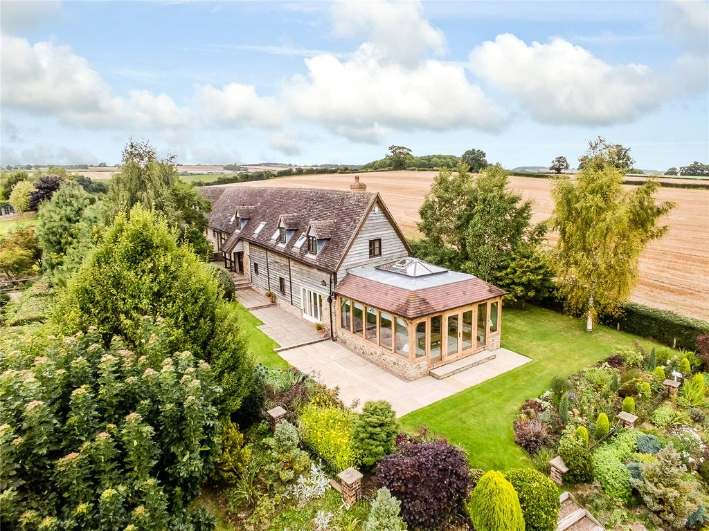 4 Bedrooms Detached House for sale in Elsich Court, Seifton, Ludlow, Shropshire