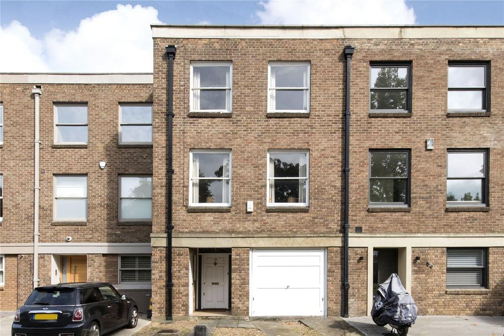 4 Bedrooms Terraced House for sale in Spencer Park, London, SW18
