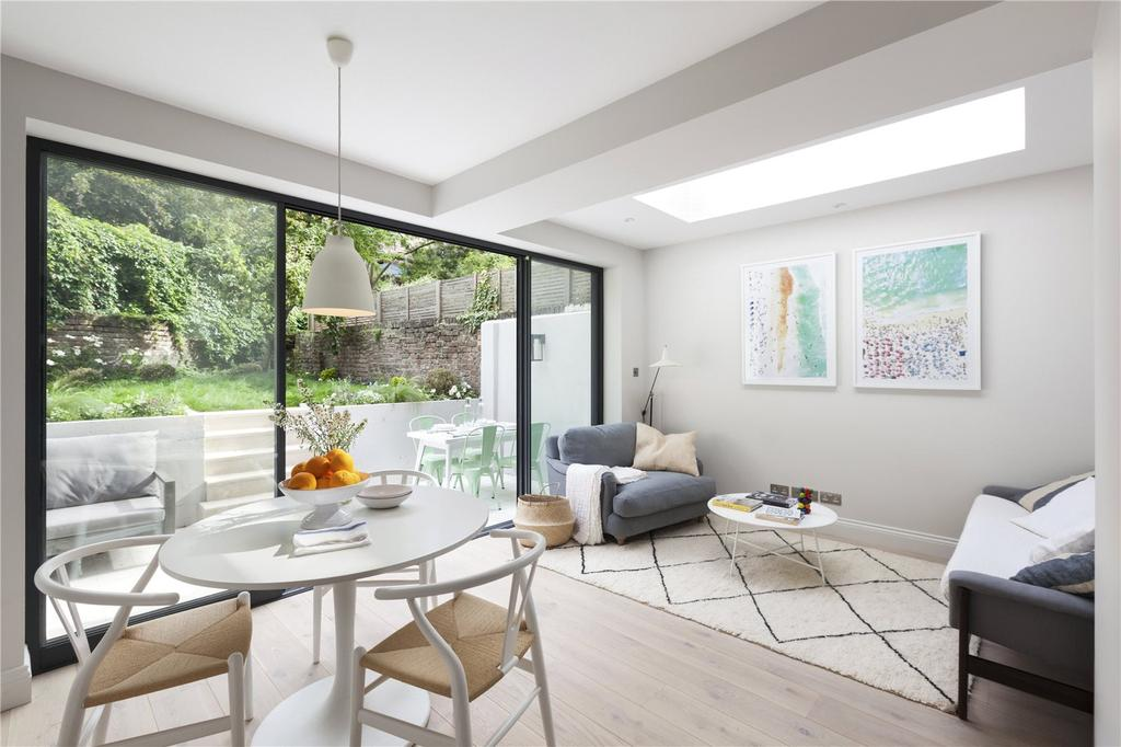 2 Bedrooms Flat for sale in Chepstow Villas, London, W11