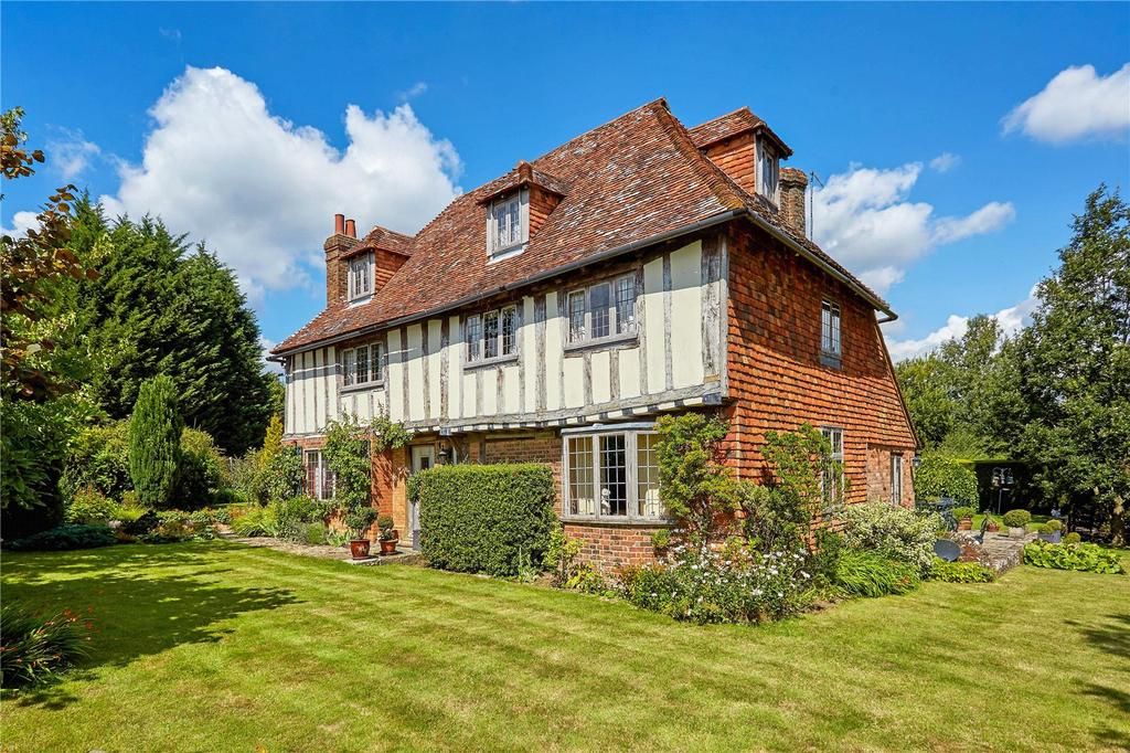 5 Bedrooms Detached House for sale in Goudhurst Road, Cranbrook, Kent, TN17