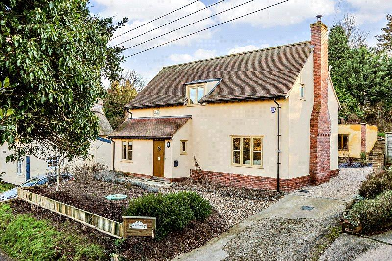 3 Bedrooms Detached House for sale in Scotland Street, Stoke By Nayland, Colchester, Suffolk, CO6