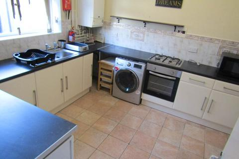 2 bedroom flat to rent - Eaton Crescent, Uplands, Swansea