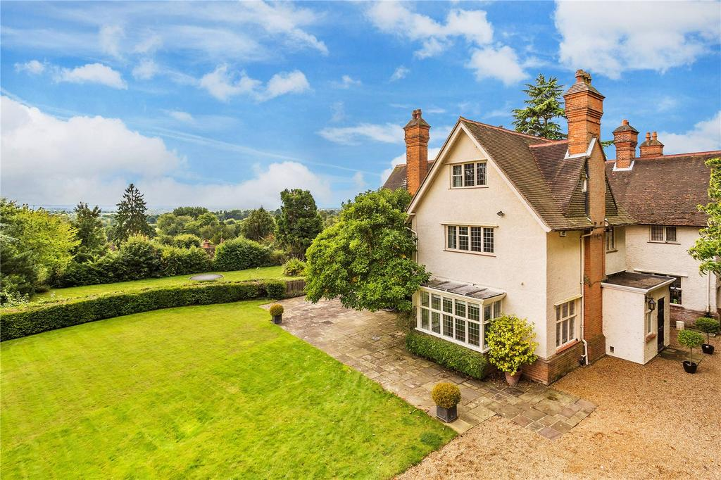 5 Bedrooms Semi Detached House for sale in Icehouse Wood, Oxted, Surrey, RH8