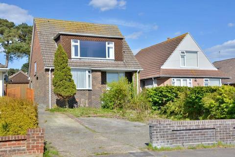 4 bedroom bungalow for sale - Lake Drive, Hamworthy, Poole, BH15 LU