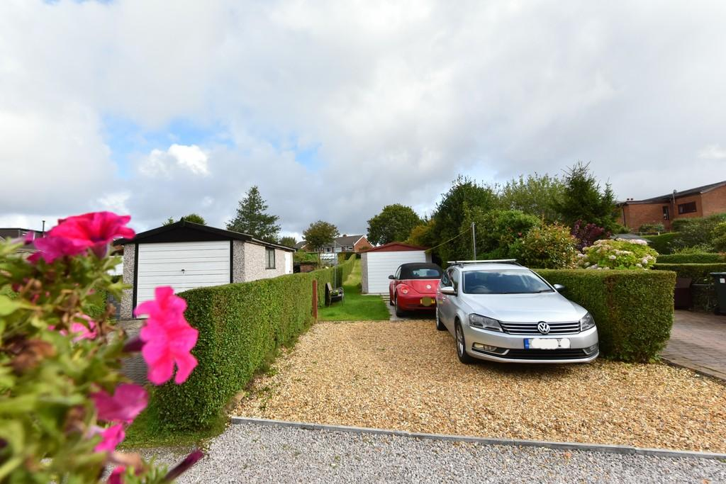 2 Bedrooms Terraced House for sale in Moss Delph Lane, Aughton