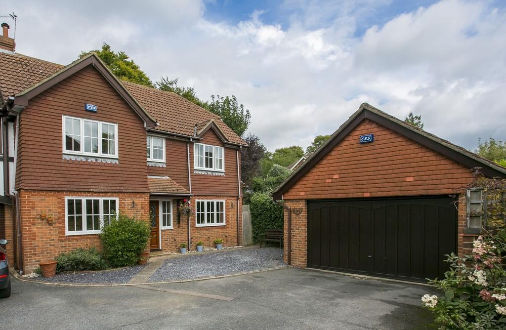 4 Bedrooms Link Detached House for sale in Waterfield, Tunbridge Wells