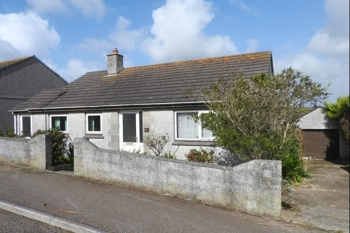 2 Bedrooms Bungalow for sale in 4 St. Pirans Parc, Porthleven, TR13