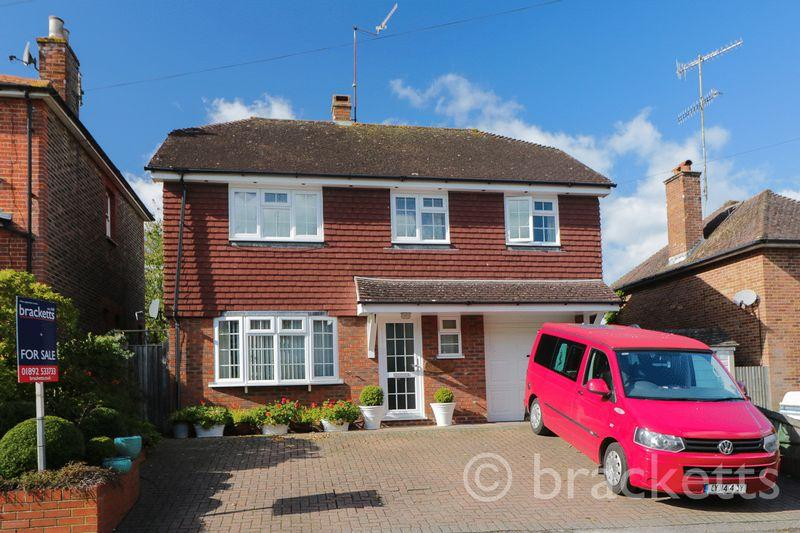 4 Bedrooms Detached House for sale in Corseley Road, Groombridge, Tunbridge Wells