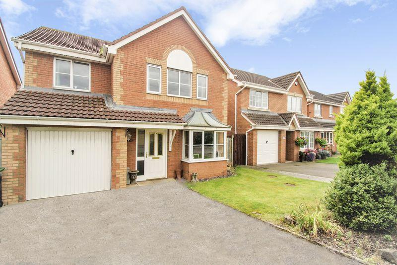 4 Bedrooms Detached House for sale in Clyde Grove, Lower Hartburn, Stockton, TS18 3TZ