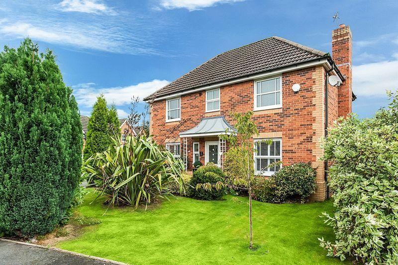 4 Bedrooms Detached House for sale in Stirling Close, Congleton