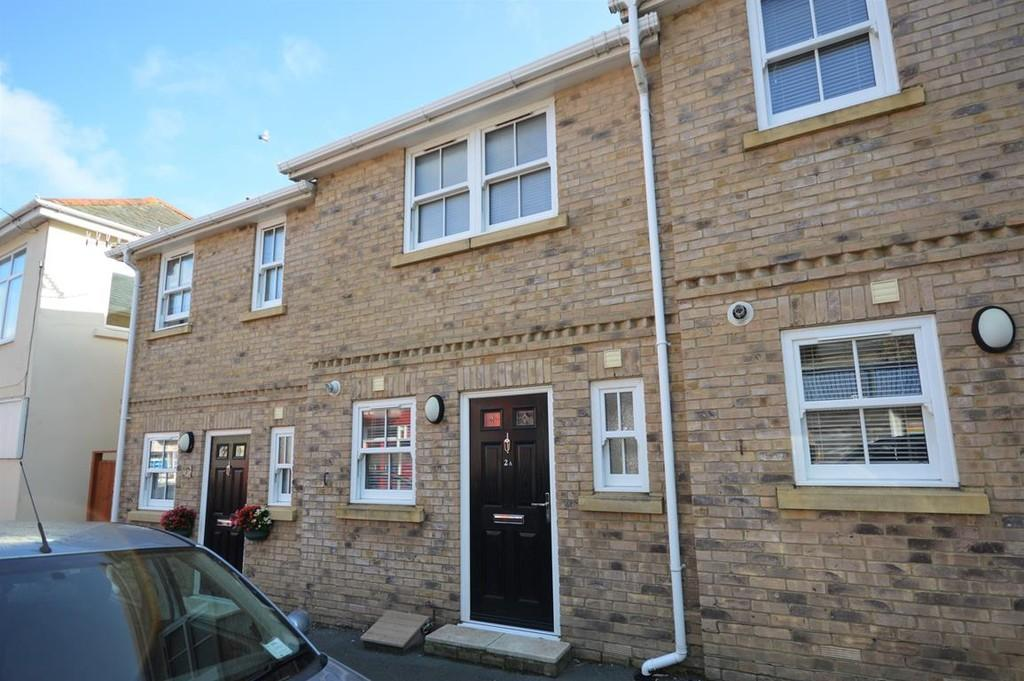 2 Bedrooms Semi Detached House for sale in Palmerston Road, Shanklin