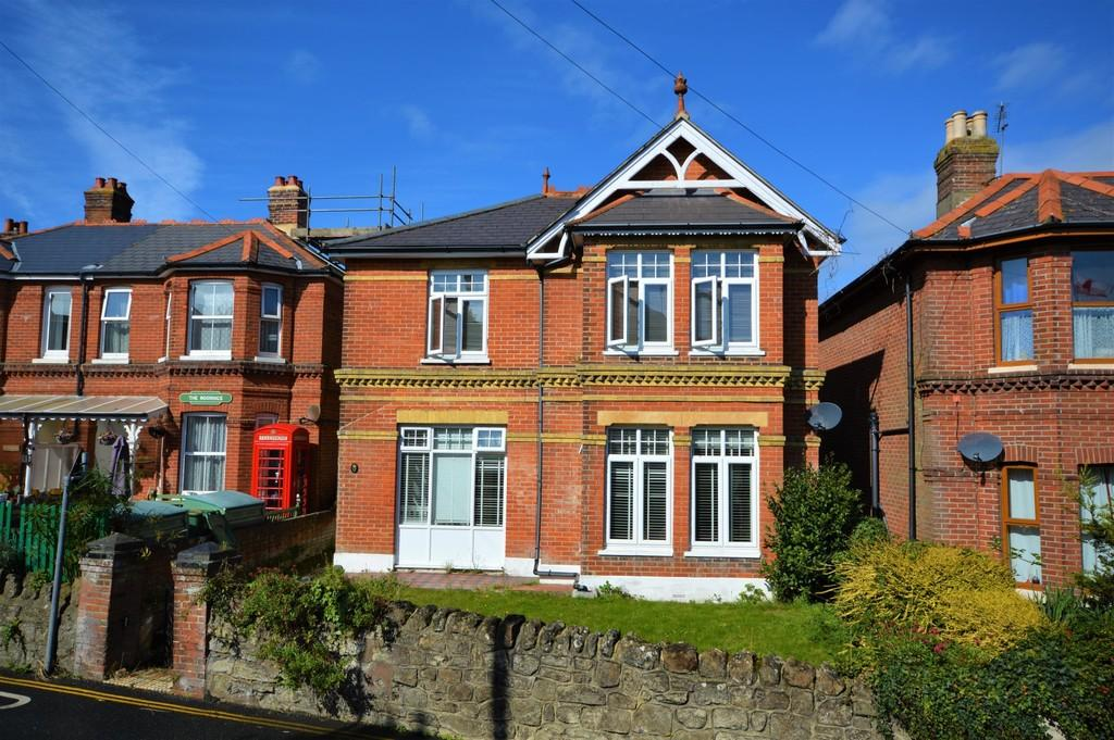 4 Bedrooms Detached House for sale in North Road, Shanklin