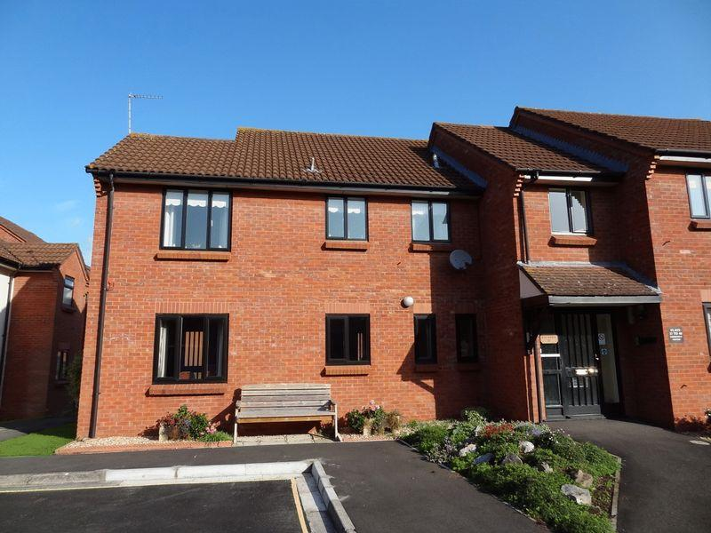 2 Bedrooms Apartment Flat for sale in Anson Way, Bridgwater