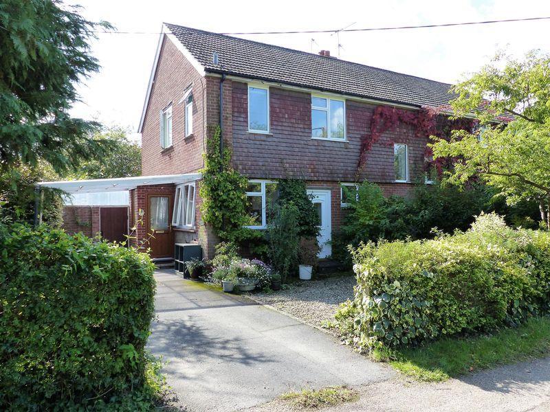 3 Bedrooms House for sale in Elmbridge Road, Cranleigh
