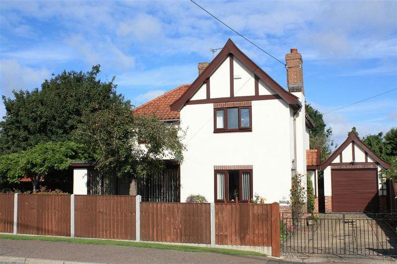 3 Bedrooms Detached House for sale in Merton Road Watton