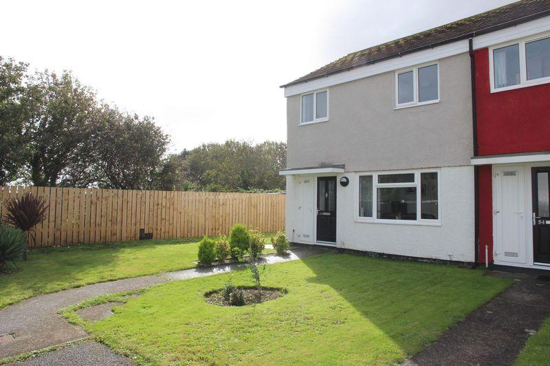 3 Bedrooms End Of Terrace House for sale in Calshot Close, St Columb Minor