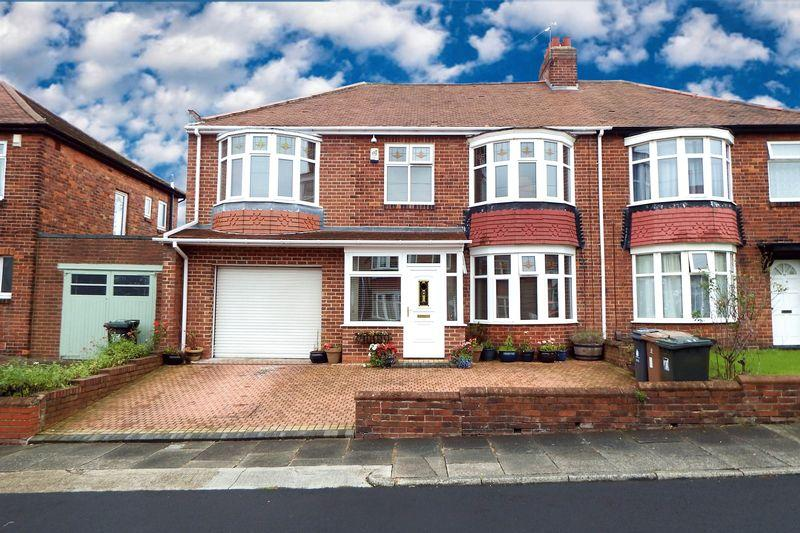 5 Bedrooms Semi Detached House for sale in Glendale Avenue, North Shields