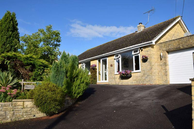 3 Bedrooms Detached Bungalow for sale in Pendeen, Drimpton