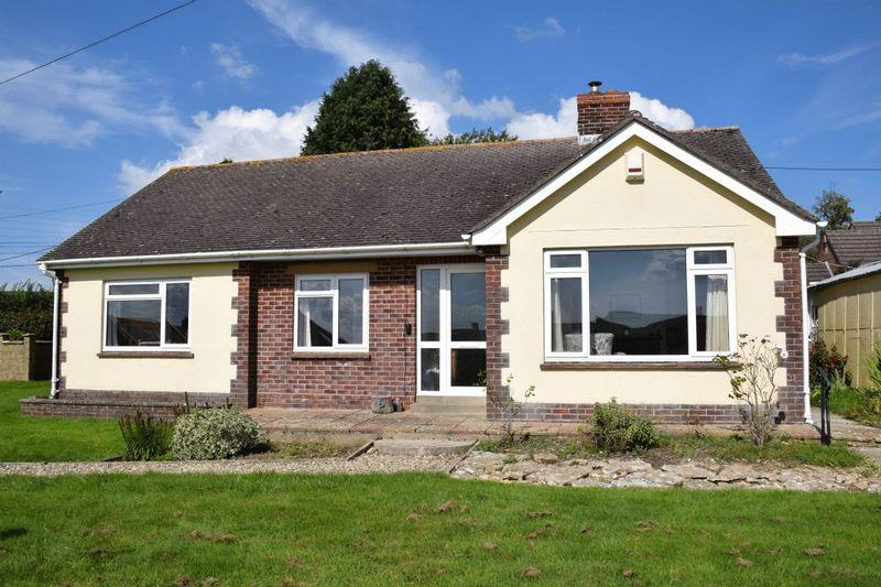 3 Bedrooms Detached Bungalow for sale in Higher Green, Beaminster