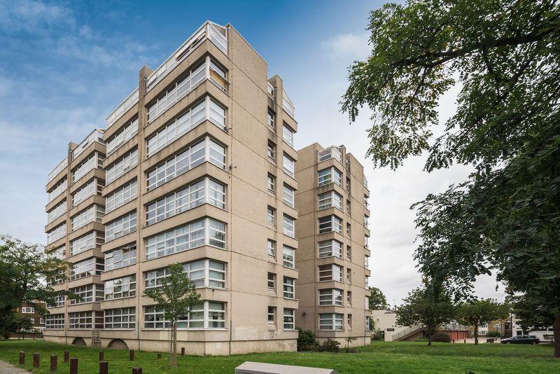1 Bedroom Apartment Flat for sale in Westcombe Park Road, Blackheath