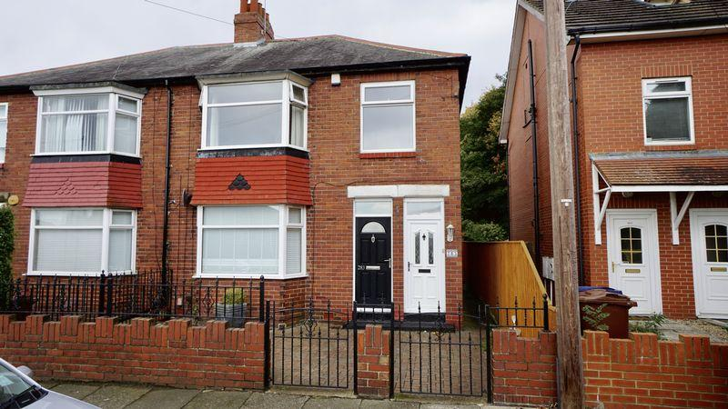 3 Bedrooms Apartment Flat for sale in ADDYCOMBE TERRACE Heaton