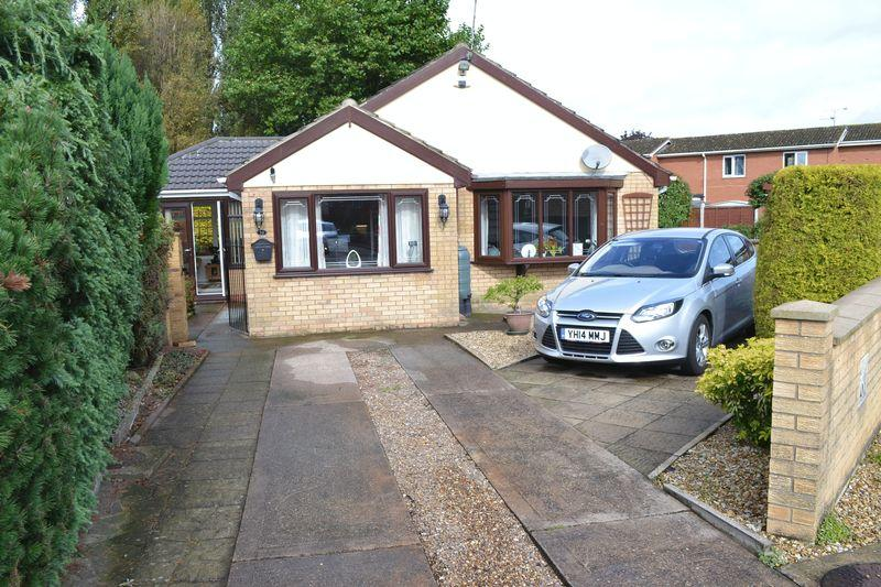 3 Bedrooms Detached Bungalow for sale in Charles Lovell Way, Scunthorpe