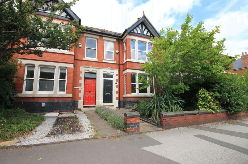 4 Bedrooms Terraced House for sale in Kedleston Road, Derby