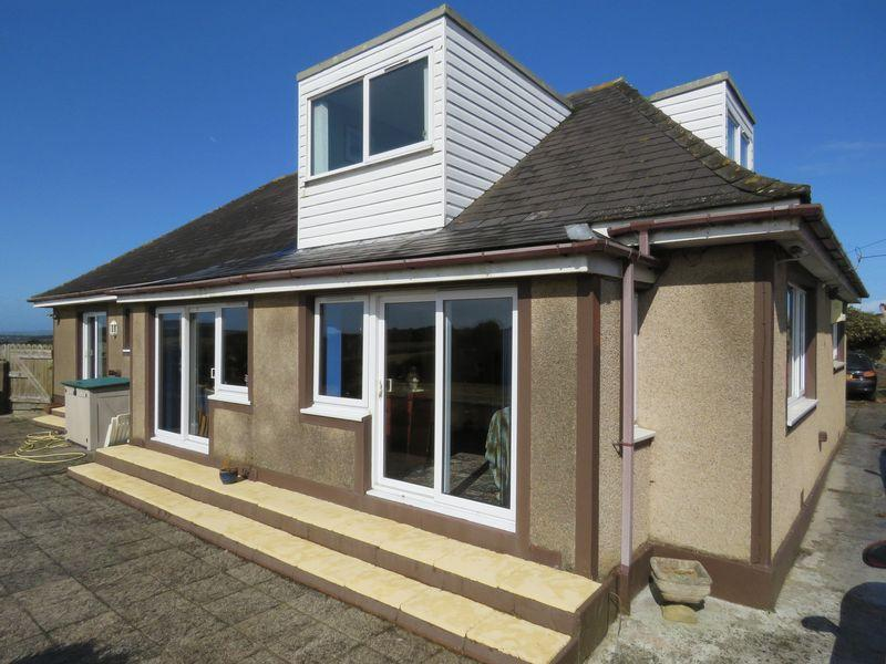 6 Bedrooms Detached House for sale in Nancegollan, Helston