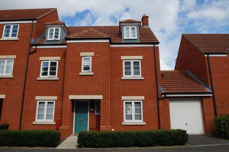 5 Bedrooms Terraced House for sale in Marconi Drive, Highbridge