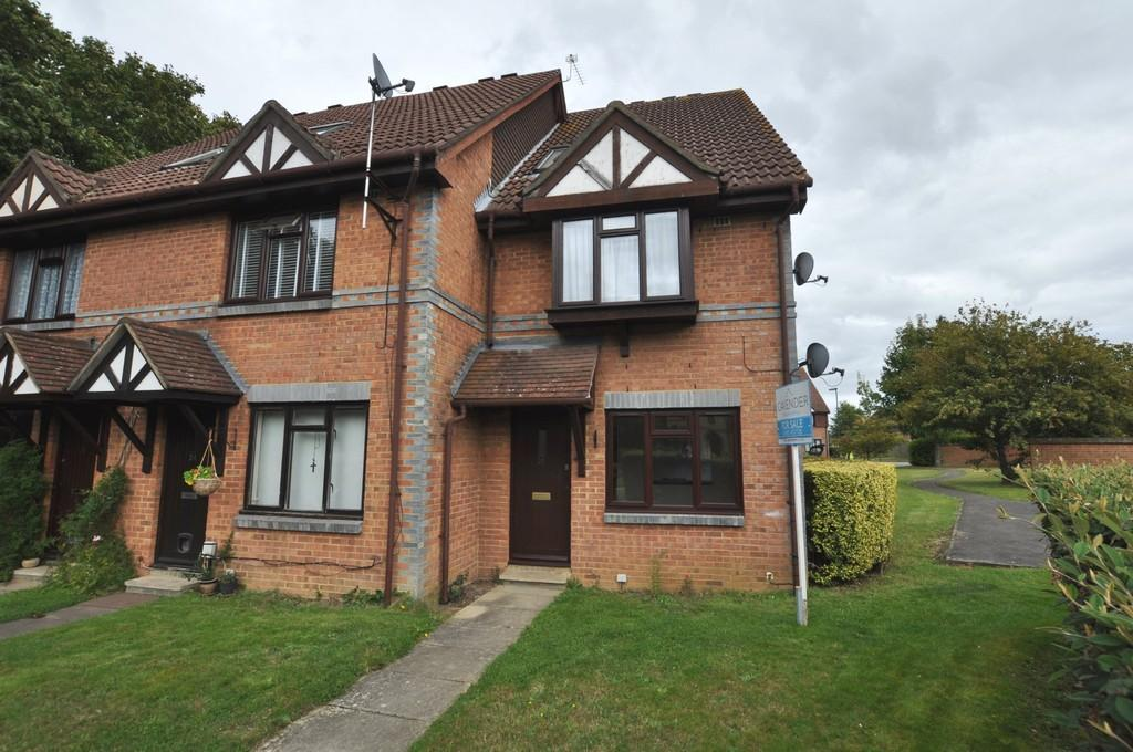 1 Bedroom Ground Maisonette Flat for sale in Cotts Wood Drive, Burpham